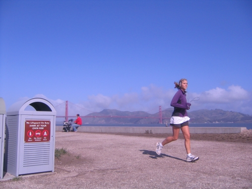 Golden Gate_Running Girl