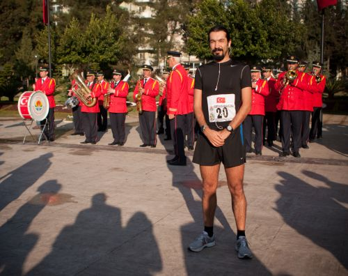 Adana Yarı Maratonu start alanı